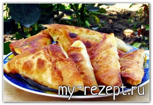 Пирожки из лаваша с сыром, колбасой и зеленью